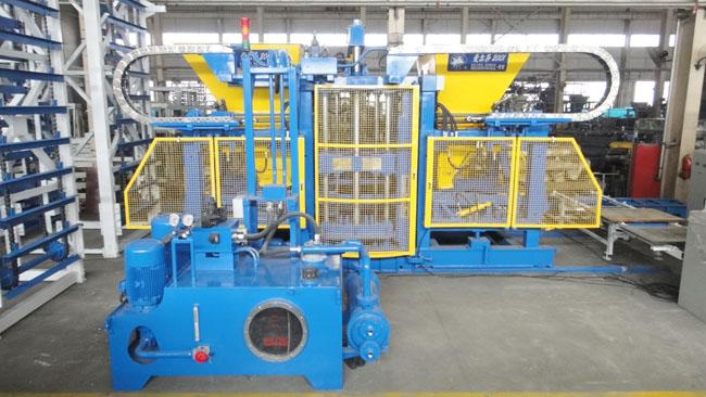 中国砌块成型机械制造业存在弊端