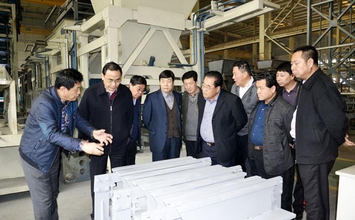 砌块砖机设备厂家要赢得市场必须以质量为关键