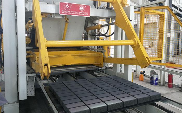 详解银马高端透水砖自动化生产线设备
