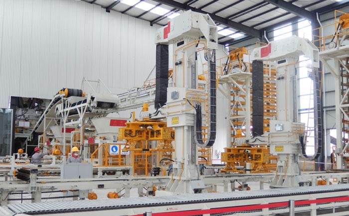 全自动透水砖机生产线需严格遵守的标准工艺流程