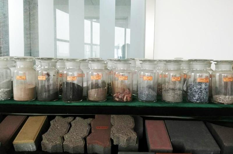 哪些材料可以被全自动免烧砖机做成砖?
