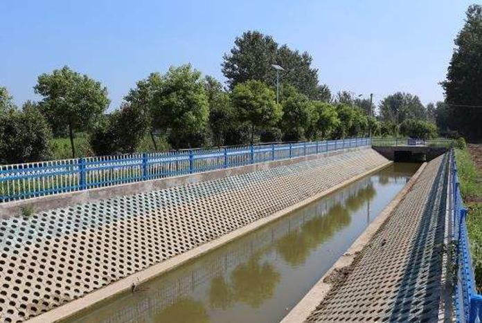 河道护坡砖机厂家分享砖机模具制作需满足的要求