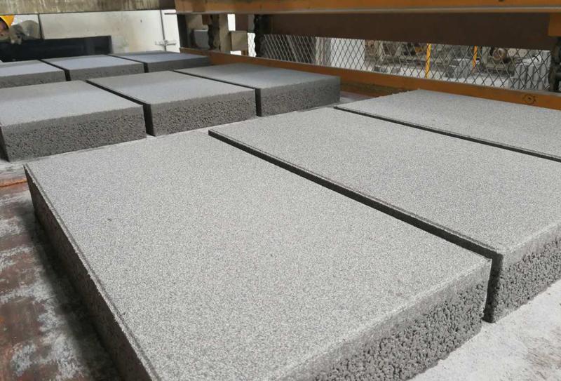 工业废渣制砖机朝着自动化、高效化方向发展