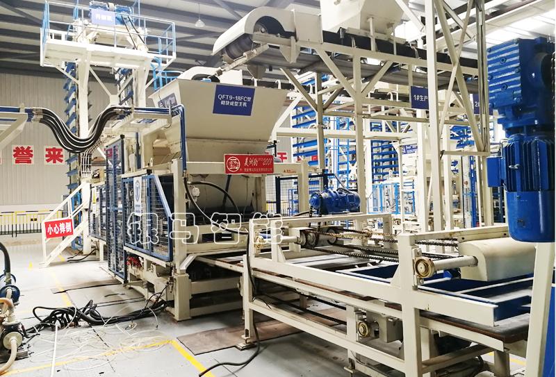 透水砖机设备配套皮带输送机安装时应满足这些条件!