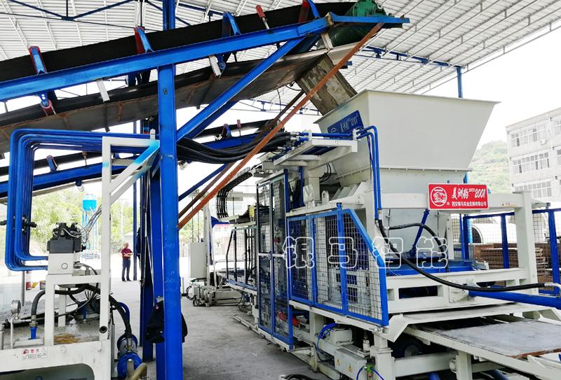 连锁护坡砖机六大注意事项,提升生产效率30%!