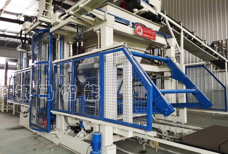透水砖生产机器液压工作油中泡沫的危害及处理方式!