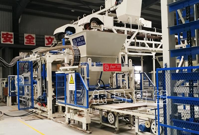 水泥砖自动生产线配套减速机漏油故障问题如何处理惩罚?