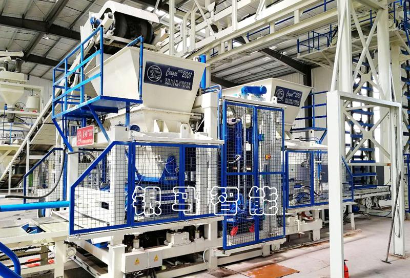 草坪砖生产机器:制品强度与设备精度有哪些关联?