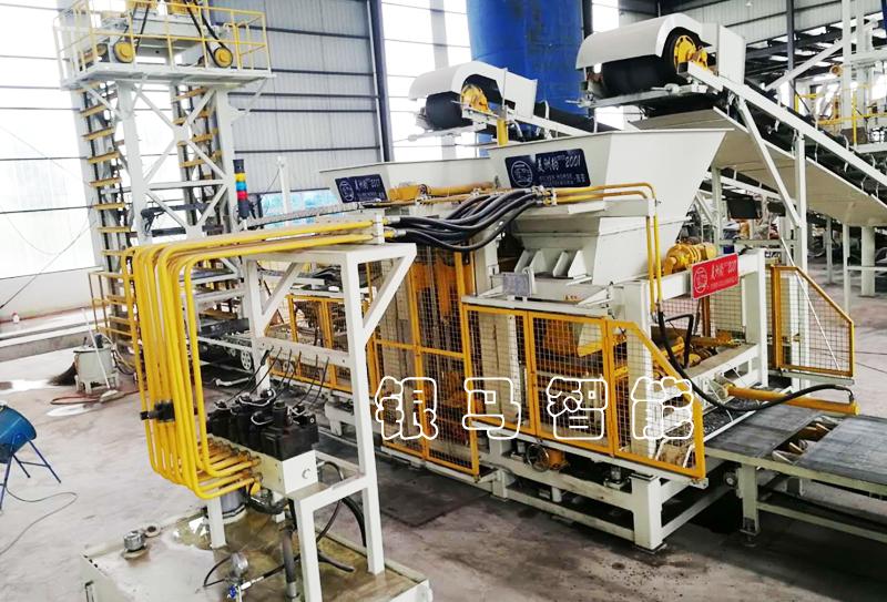 PC砖机械设备:透水砖机技术及工艺升级,为环保献力!