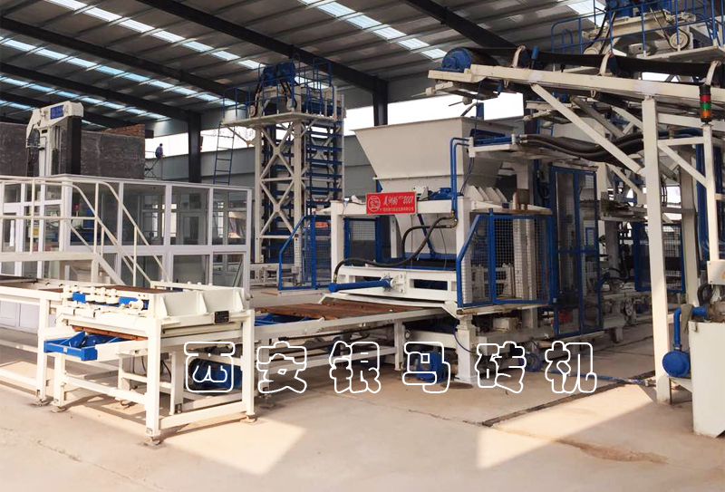 全自动砖机生产线:透水砖机正确操作应掌握哪些要点?
