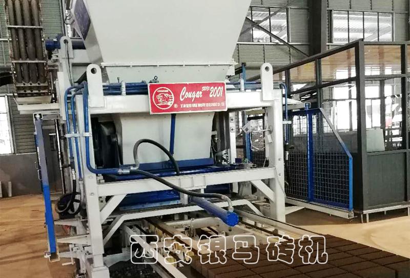 新型透水砖机生产线日常使用规范与配套系统组成有哪些?