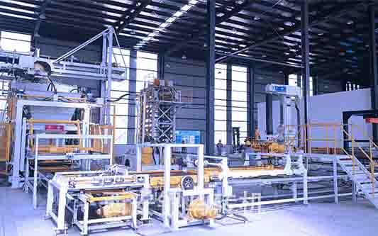新型环保透水砖机器:顺应业态转型 助力新型产业园区建设