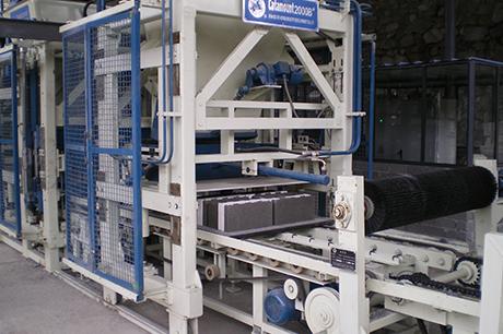 夹聚苯砌块生产线设备